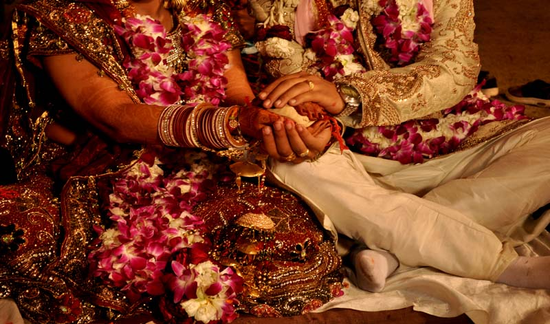 How to make Love Marriage acceptable by Families and make it Work?
